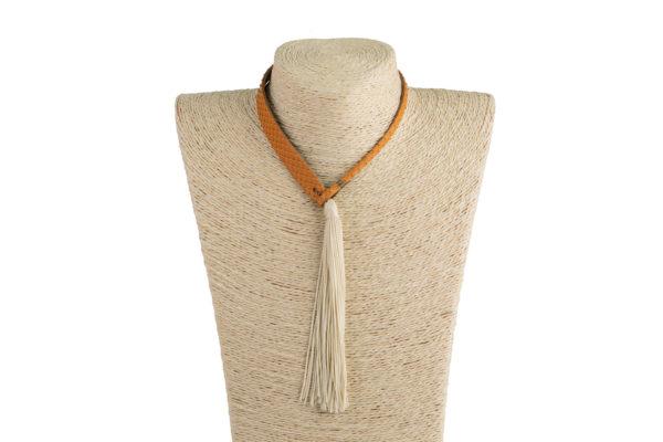 Collana woman tie